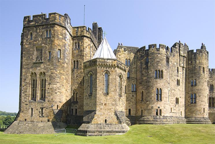 bamburgh castle harry potter - photo #36